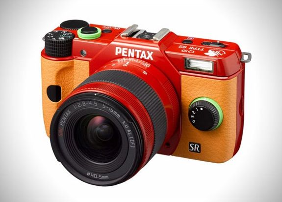 Pentax-Evangelion-Q10-Limited-Edition-Camera-1