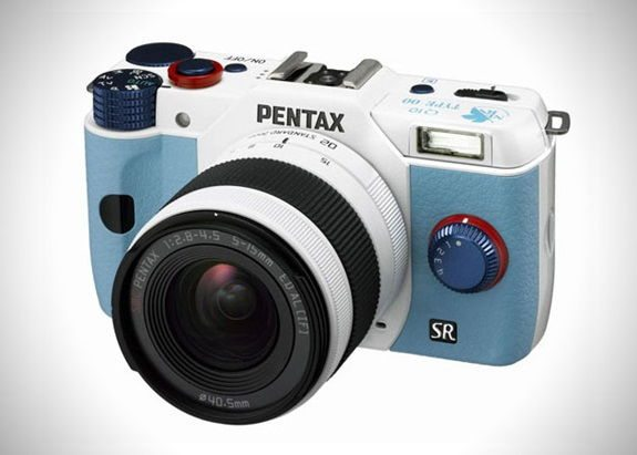Pentax-Evangelion-Q10-Limited-Edition-Camera-3