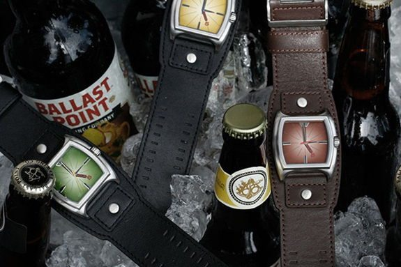 ceas-desfacator-sticle-bere-happy-hour-timepieces-5