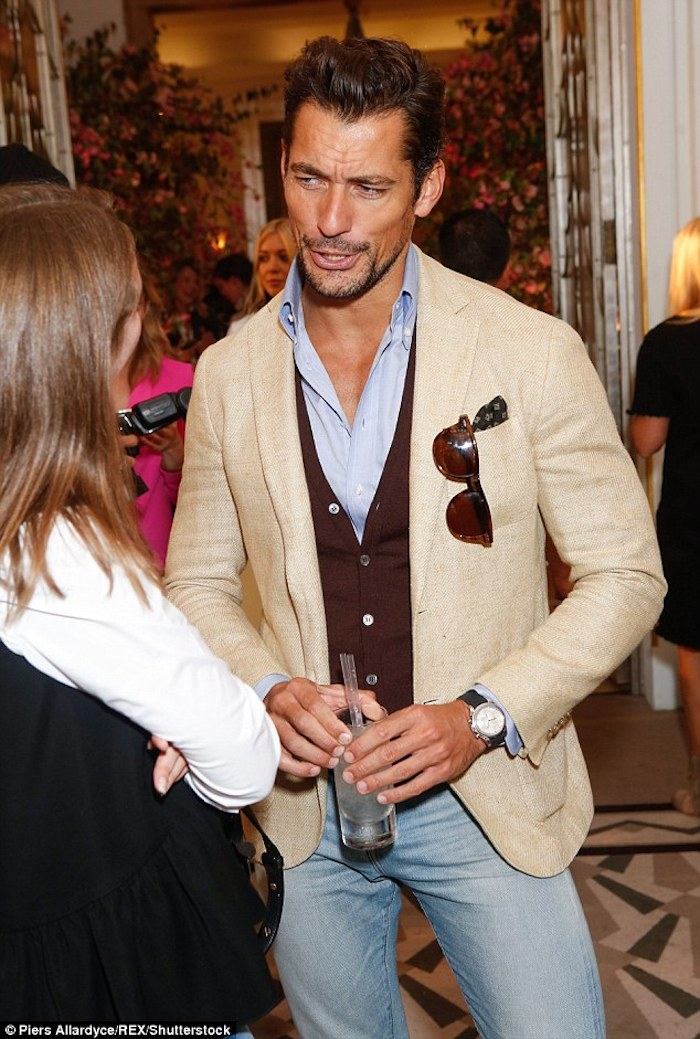 David Gandy, layering