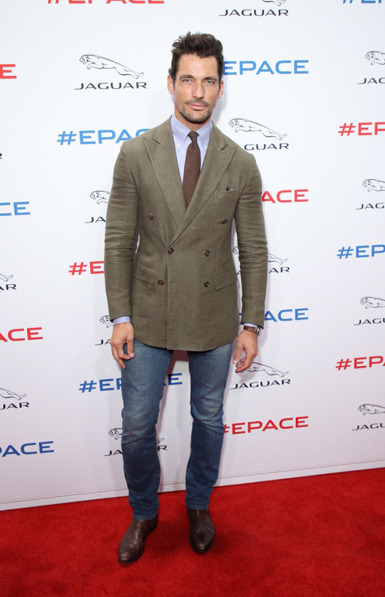 David Gandy, jeans și sacou